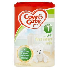 Cow & Gate 1 First Infant Baby Milk 900g